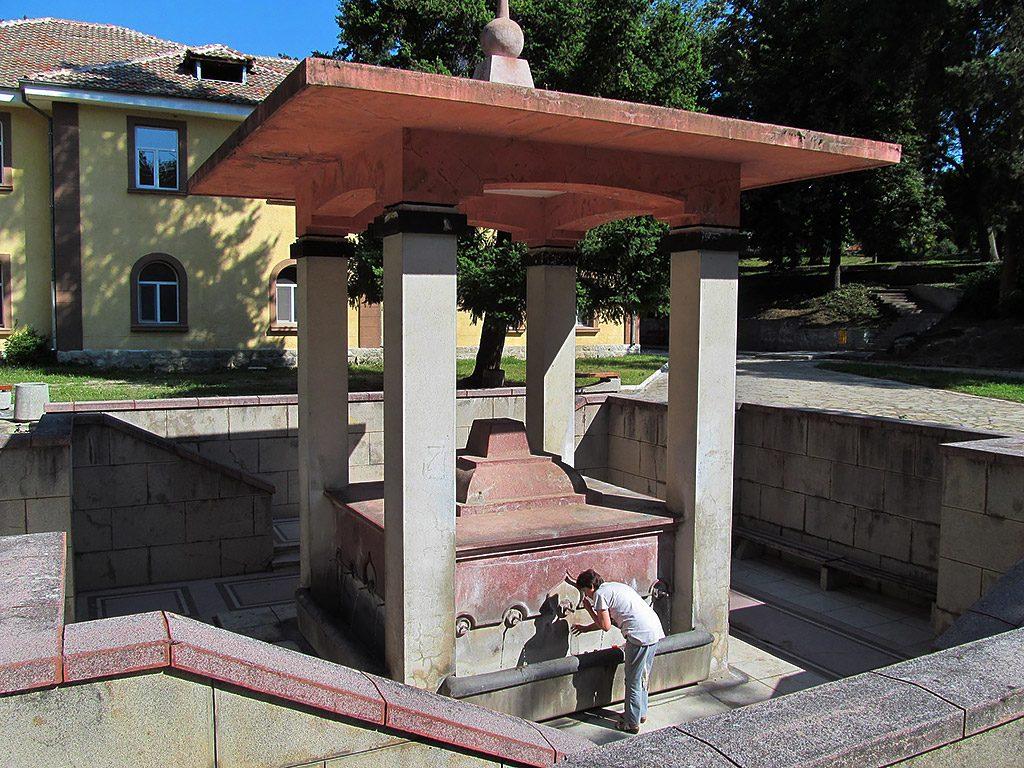 Hisarya - hot mineral water spring