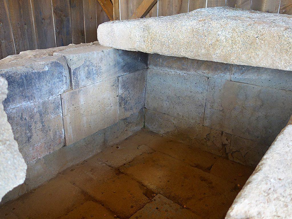 Starosel cult complex - Thracian warrior tomb