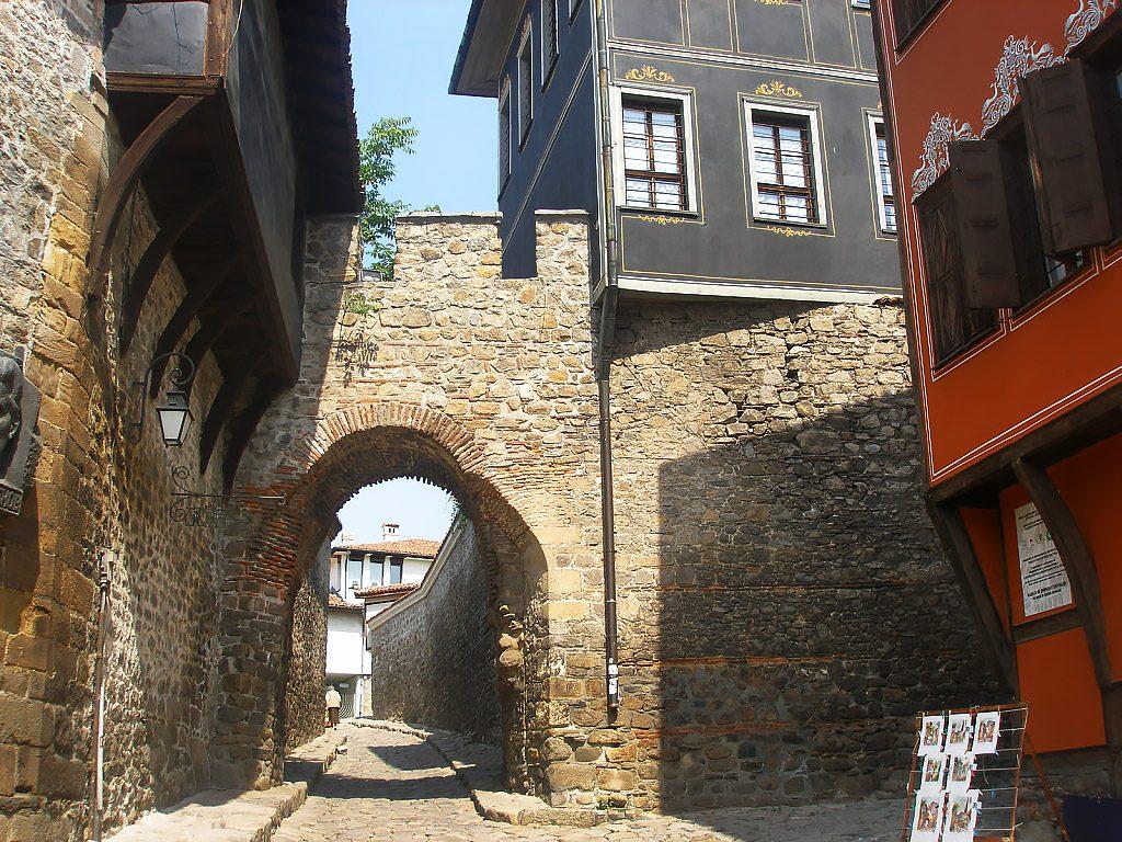 Hissar Kapia fortress gate